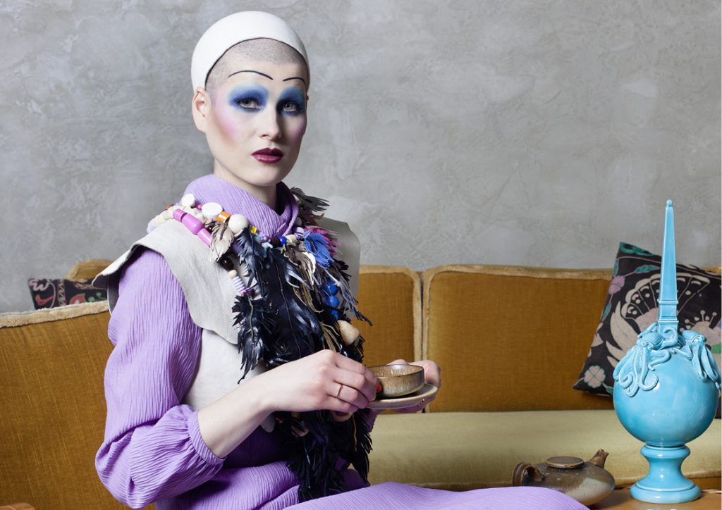 Fashion photography Editorial with female models published in Kaltblut Magazine shot in a fancy Berlin Mitte appartment by fashion photographer Caroline Wimmer