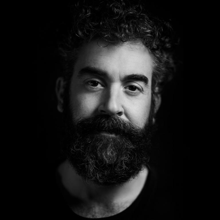 Portraitfotografie des amerikanischen Schauspielers Blake Worrel aufgenommen im Studio und on location der Berliner Fotografin Caroline Wimmer