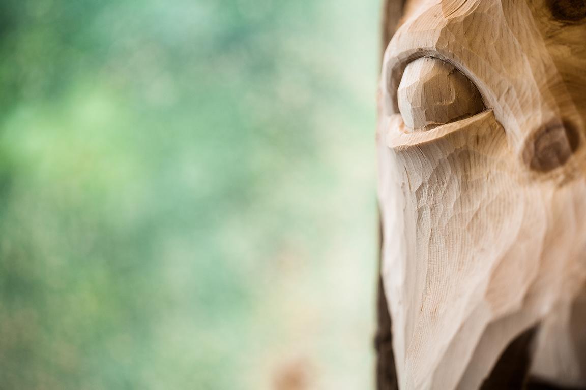 Portrait Dokumentation des Krampusmasken Schnitzer Arthur Moinat Zell am See Österreich