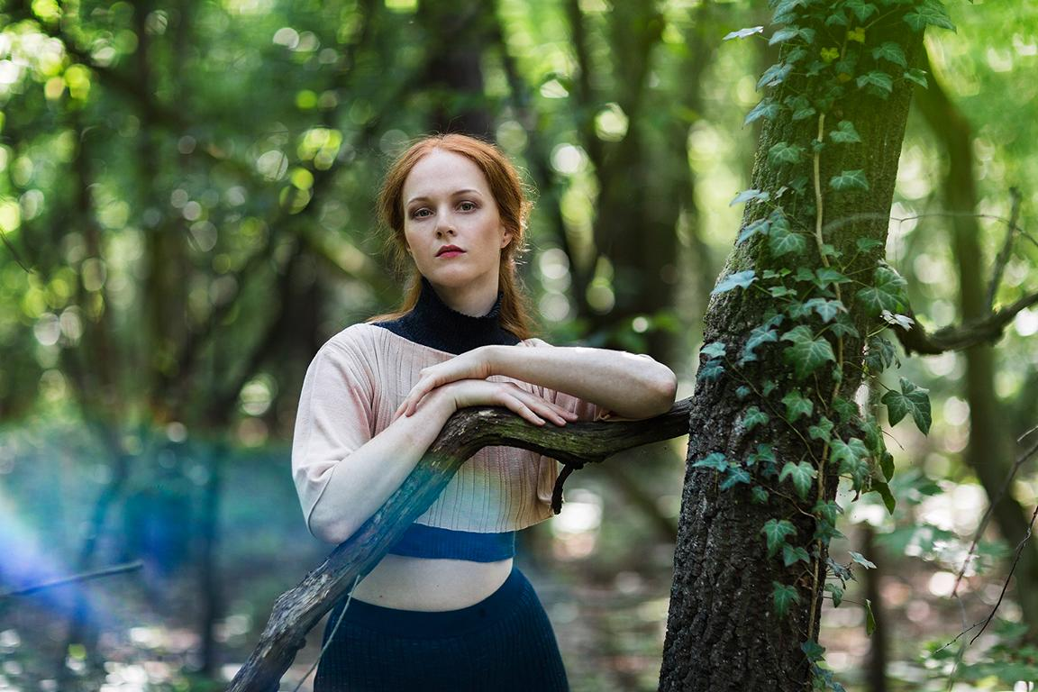 Fashion photography of sustainable Fashion by Berlin designer Sarah Maria Schmidt, on location in nature photographed by Berlin photographer Caroline Wimmer